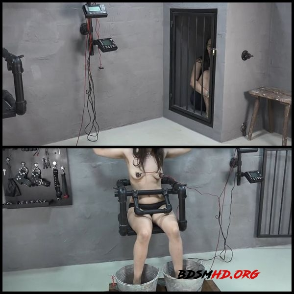 Tits and feet under power - AmateureXtreme - 2020 - FullHD