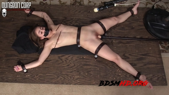 Delicious Struggles - Kenzie Madison - Dungeon Corp - 2020 - FullHD