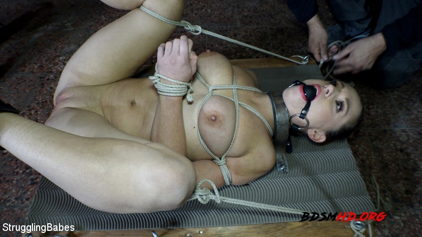 BDSM - Azoe, Arjan - StrugglingBabes - 2020 - HD