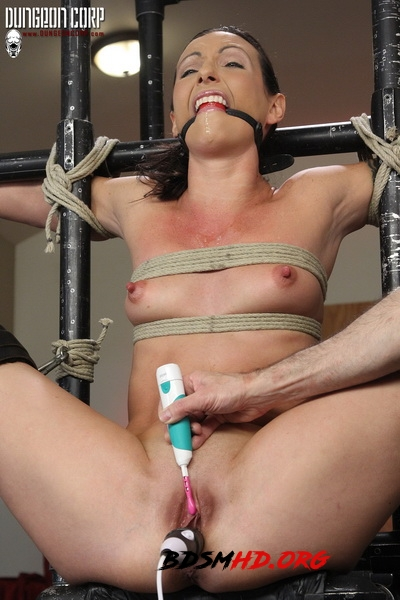 Split and Tortured - Wenona Slave - Strict Restraint - 2020 - HD